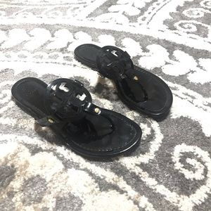 Like new Tory Burch sandals!